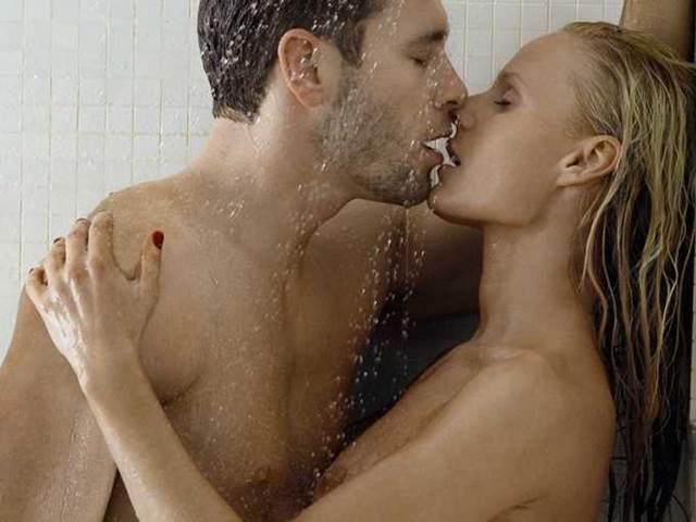 sex pod vodou rychly prachy maserka
