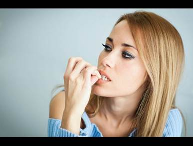 Přestaňte si kousat nehty