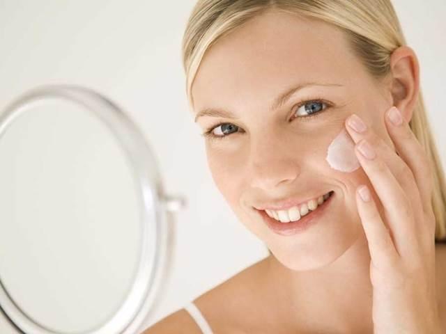 Chyby, kterými si každý den ničíme pokožku