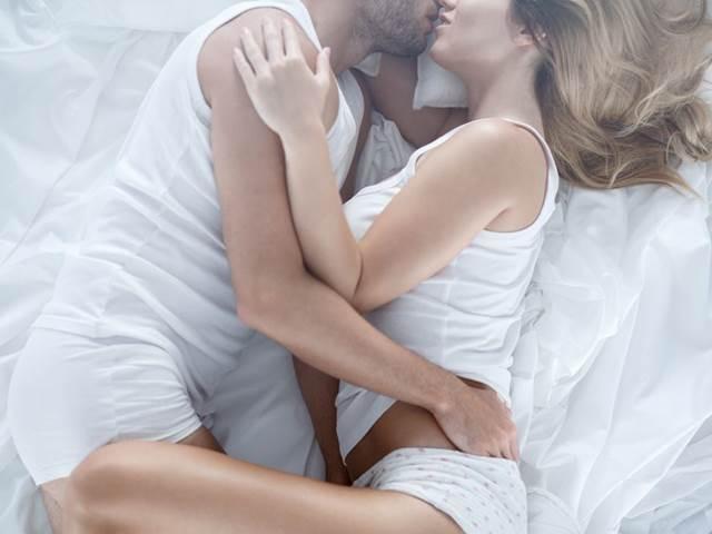 Tinder masáž sex v sexu