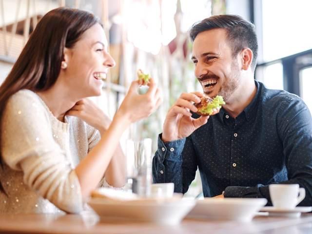 Randit s někým, kdo má radu