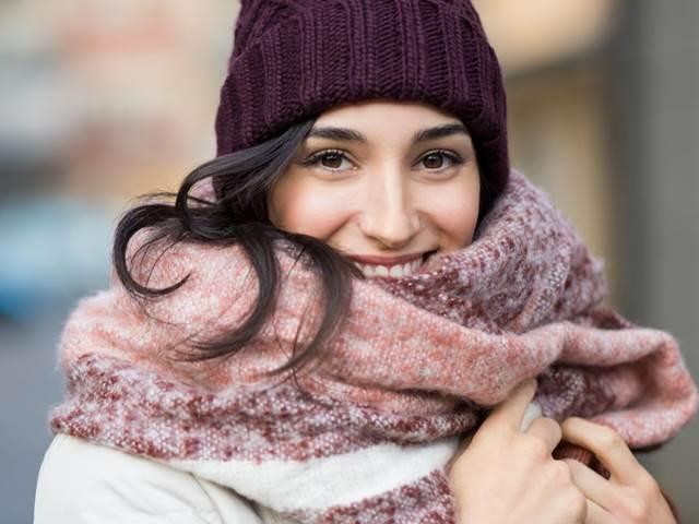 b4a5e5e0f Je opravdu nutné nosit v zimě šálu a čepici? - | Bety.cz